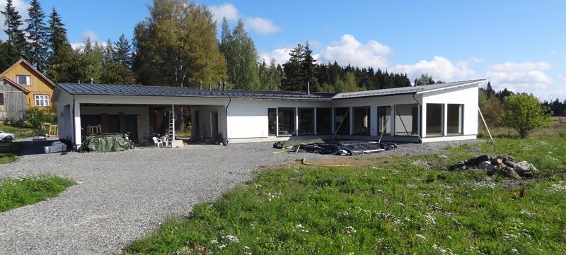 Ekotalomme toimitti Lappli-Talot. Talon toimitus sujui kaikilta osin mallikkaasti.